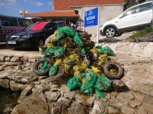 Otpad uklonjen iz podmorja u naselju Božava